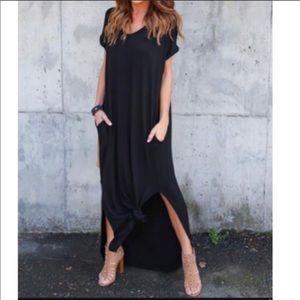 Dresses & Skirts - ✨RESTOCK ✨Black loose fit side pocket dress